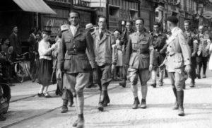 MARC O'NEILL défilant à la libération d'Orléans (18/08/1944)